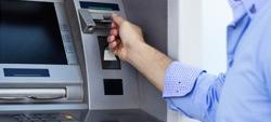 Anuidades de cartões de débito mais caras do que as de crédito